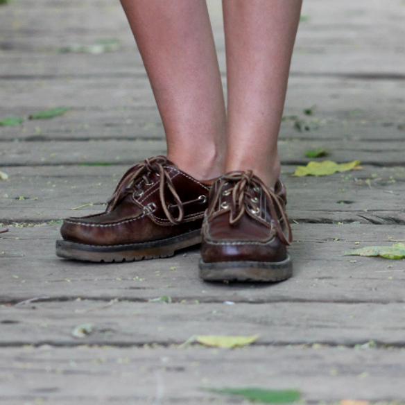 Coral ne n y n uticos colgadas de una percha - Percha para zapatos ...