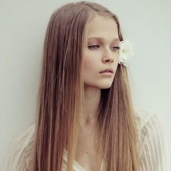 15colgadasdeunapercha_fw1314_hairstyles_bighair_2