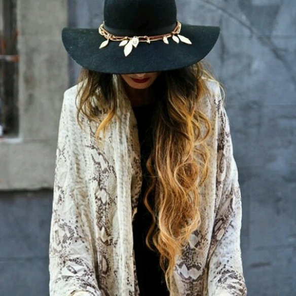 15colgadasdeunapercha_fw1314_hairstyles_hat_6