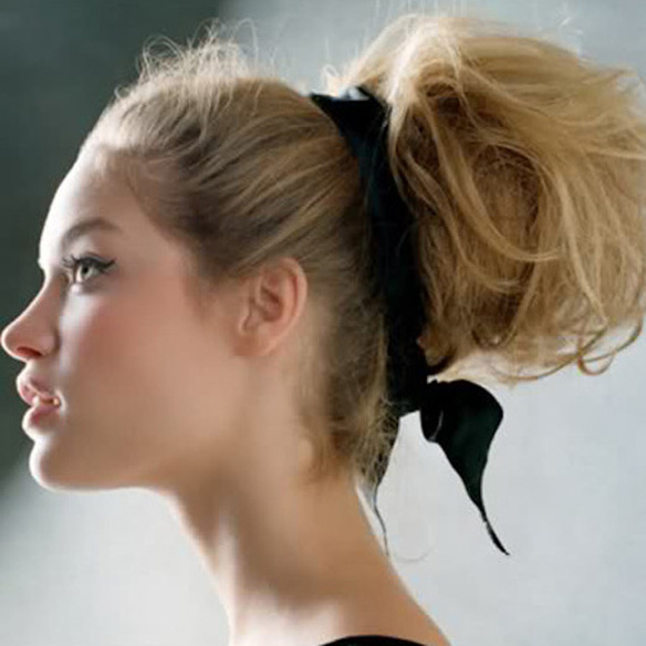 15colgadasdeunapercha_fw1314_hairstyles_ribbon_headband_4
