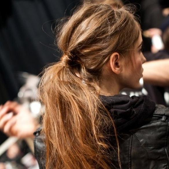 15colgadasdeunapercha_fw1314_hairstyles_upsweeps_1