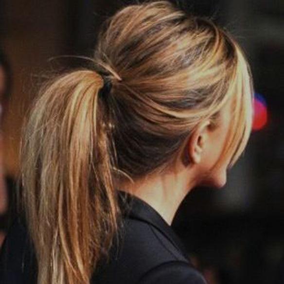 15colgadasdeunapercha_fw1314_hairstyles_upsweeps_5