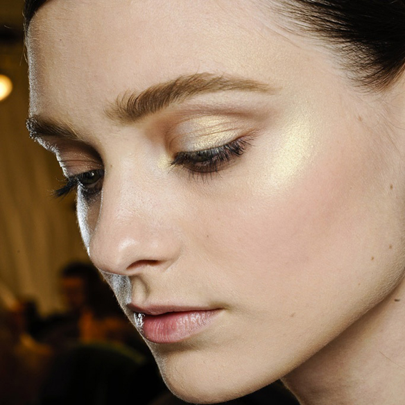 15colgadasdeunapercha_make-up_fw1314_shineglance_2