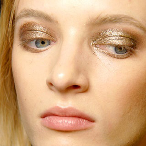 15colgadasdeunapercha_make-up_fw1314_shineglance_6