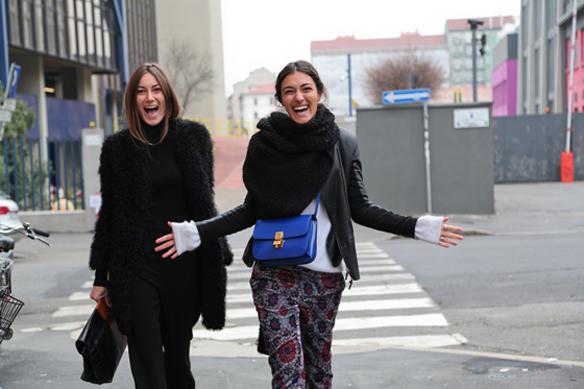 15colgadasdeunapercha_tordini_sisters_georgia_giulia_12