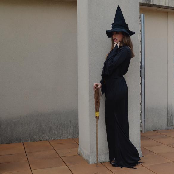 15colgadasdeaunapercha_carnaval_bruja_brujita_carnival_witch_carla_palau_10