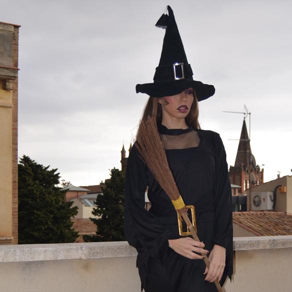 15colgadasdeaunapercha_carnaval_bruja_brujita_carnival_witch_carla_palau_2