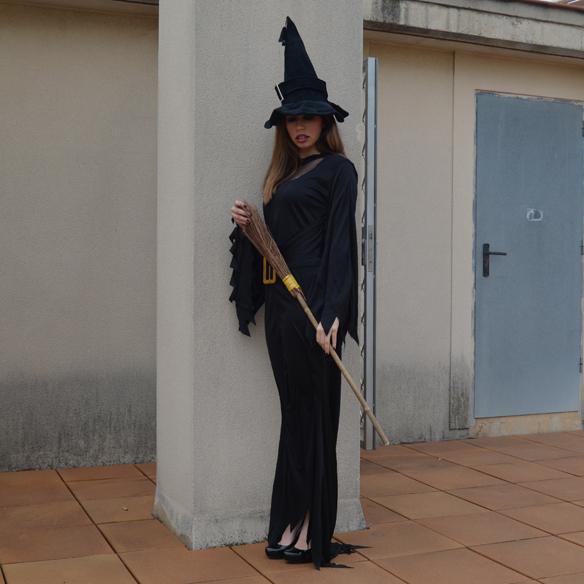 15colgadasdeaunapercha_carnaval_bruja_brujita_carnival_witch_carla_palau_6_ok