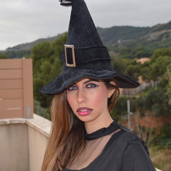 15colgadasdeaunapercha_carnaval_bruja_brujita_carnival_witch_carla_palau_8