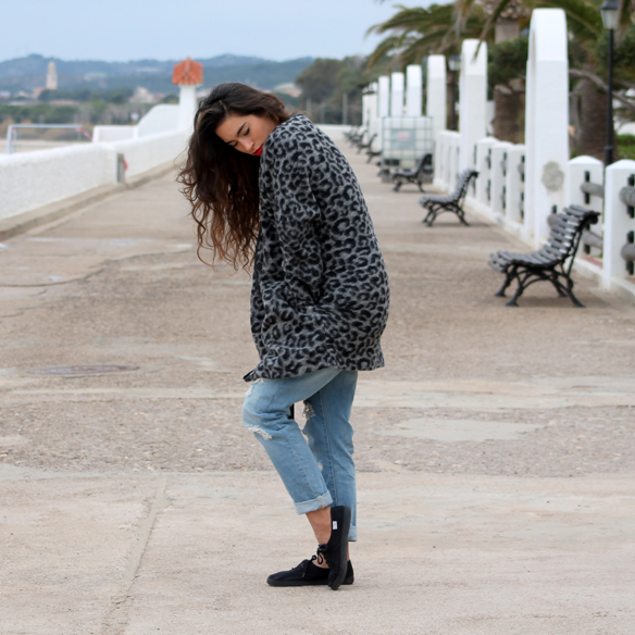 15colgadasdeunapercha_fw1314_animal_print_leopard_leopardo_oversize_boyfriend_jeans_victoria_blanca_arias_1