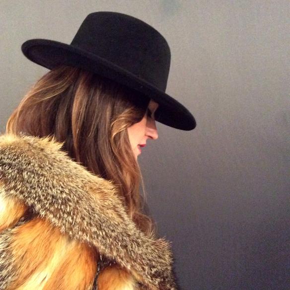 15colgadasdeunapercha_fw1314_coverboots_hat_fur_pelo_sombrero_ag_8