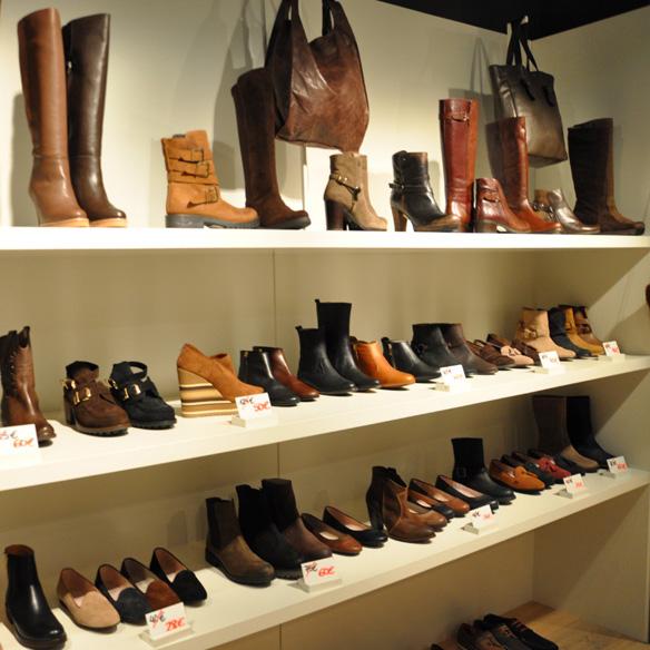 15colgadasdeunapercha_un_paso_mas_zapatos_calzado_shoes_11.jpg