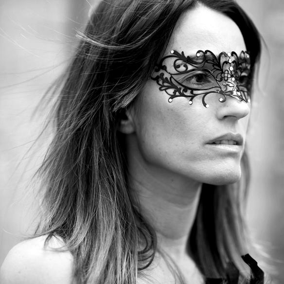 15colgadasdeunapercha_carnaval_carnival_mascara_antifaz_mask_corse_corset_boa_plumas_feather_boa_ana_crank_2