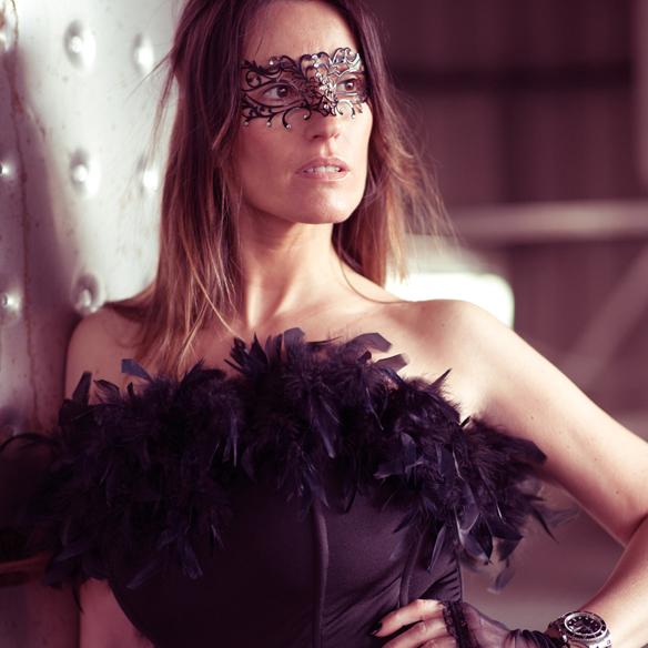 15colgadasdeunapercha_carnaval_carnival_mascara_antifaz_mask_corse_corset_boa_plumas_feather_boa_ana_crank_3