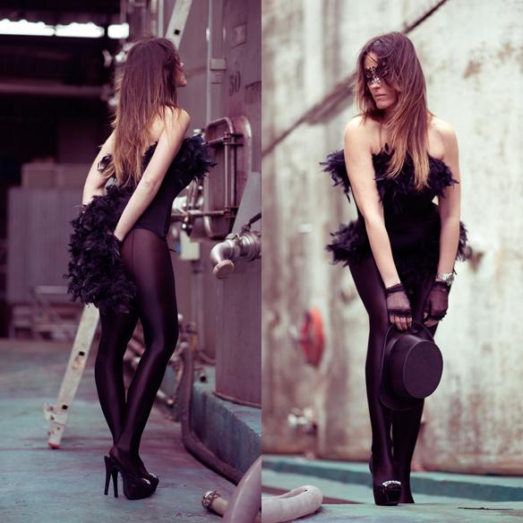 15colgadasdeunapercha_carnaval_carnival_mascara_antifaz_mask_corse_corset_boa_plumas_feather_boa_ana_crank_5