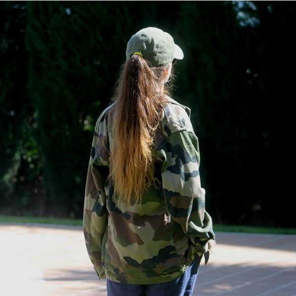 15colgadasdeunapercha_carnaval_carnival_militar_military_cap_gorra_camuflaje_camouflage_camo_print_panama_jack_blanca_sabadell_10