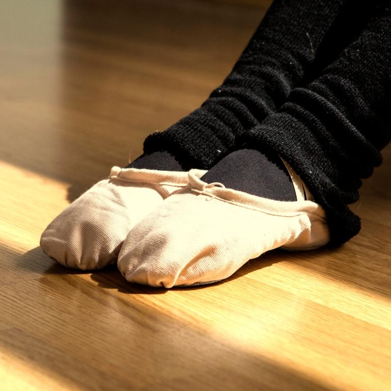 15colgadasdeunapercha_deporte_sport_ballet_maillot_tutu_esther_bosch_danza_blanca_arias_anna_duarte_8