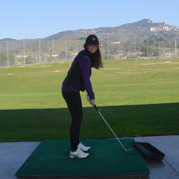 15colgadasdeunapercha_deporte_sport_golf_carla_palau_7