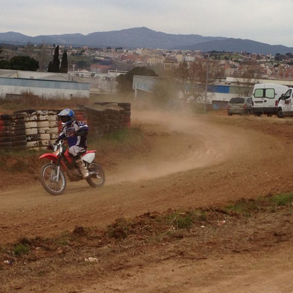15colgadasdeunapercha_deporte_sport_moto_motera_bike_biker_montmelo_ana_crank_2