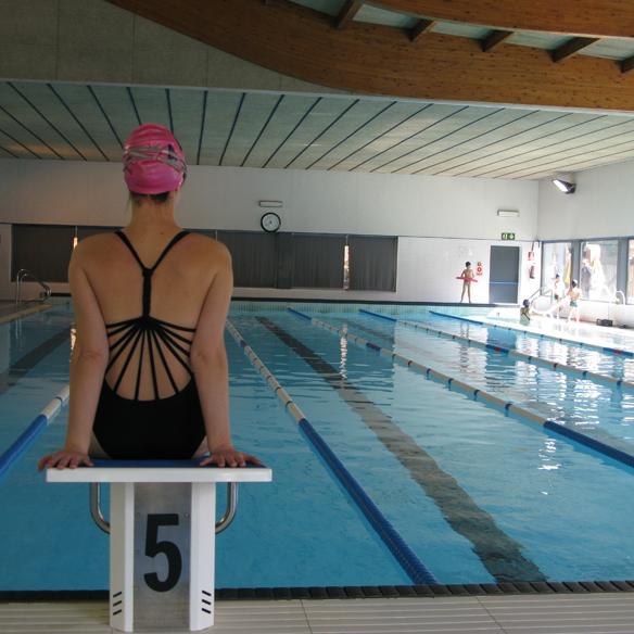 15colgadasdeunapercha_deporte_sport_natacion_swimming_piscina_pool_cangrejeras_jellies_bañador_swimsuite_carla_kissler_1