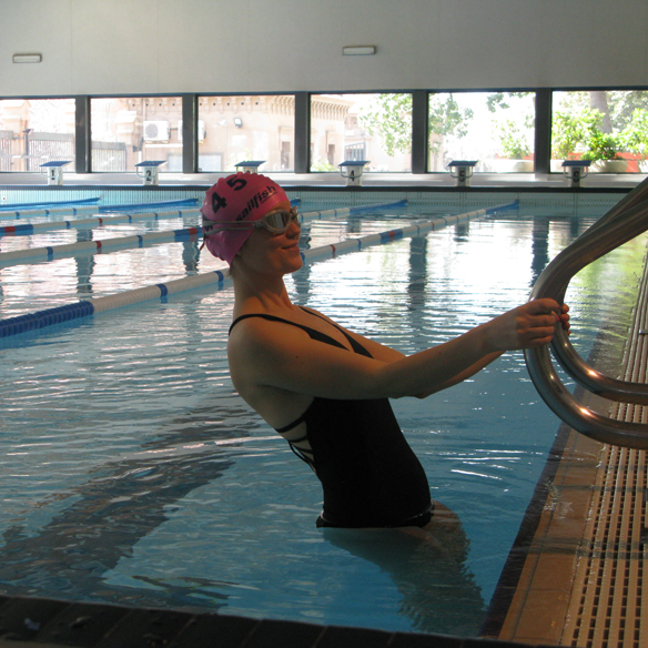 15colgadasdeunapercha_deporte_sport_natacion_swimming_piscina_pool_cangrejeras_jellies_bañador_swimsuite_carla_kissler_5
