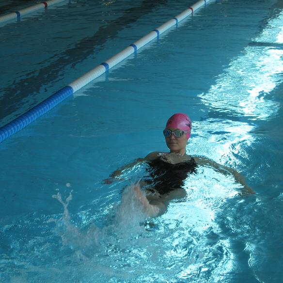 15colgadasdeunapercha_deporte_sport_natacion_swimming_piscina_pool_cangrejeras_jellies_bañador_swimsuite_carla_kissler_6