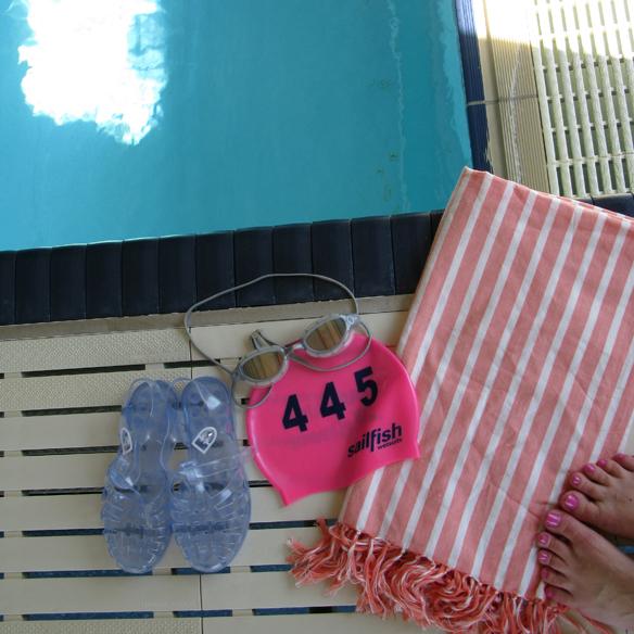 15colgadasdeunapercha_deporte_sport_natacion_swimming_piscina_pool_cangrejeras_jellies_bañador_swimsuite_carla_kissler_9