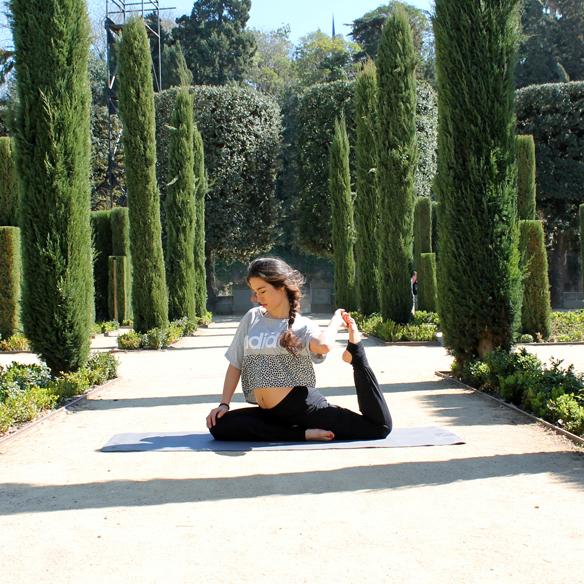 15colgadasdeunapercha_deporte_sport_yoga_blanca_arias_2