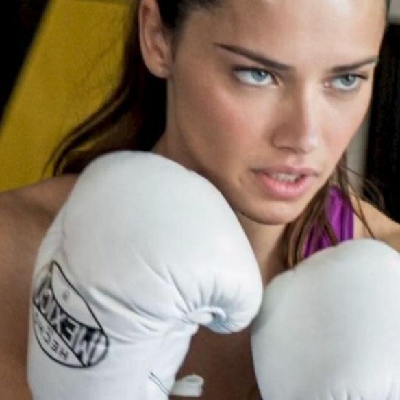 15colgadasdeunapercha_mens_sana_in_corpore_sano_boxeo_boxing_adriana_lima_20