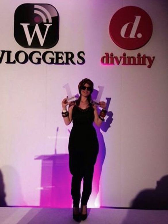 15colgadasdeunapercha_carla_kissler_woguers_premios_awards_wloggers_divinity_one_nouvelles_2014_14