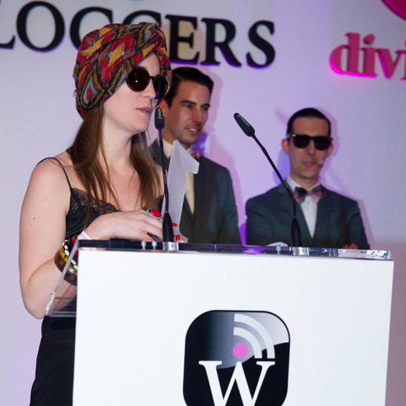 15colgadasdeunapercha_carla_kissler_woguers_premios_awards_wloggers_divinity_one_nouvelles_2014_5