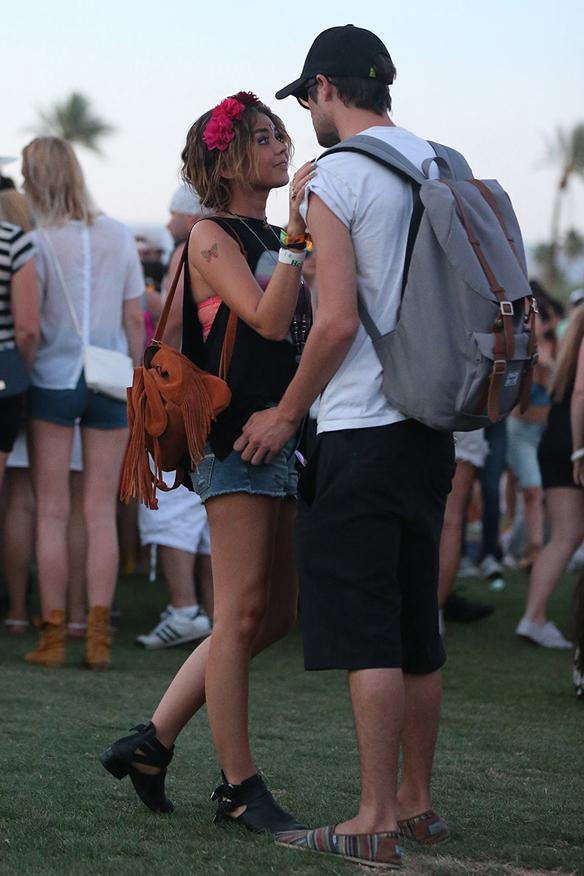 15colgadasdeunapercha_coachella_boho_gipsy_sombrero_coronas_de_flores_gafas_de_sol_shorts_crop_tops_prints_etnico_2014_14