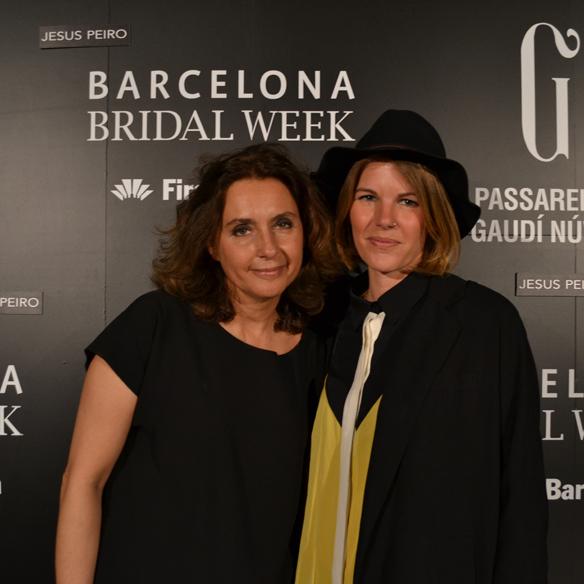 15colgadasdeunapercha_barcelona_bcn_bridal_week_pasarela_gaudi_desfiles_novias_brides_fashion_moda_bloggers_jesus_peiro_9