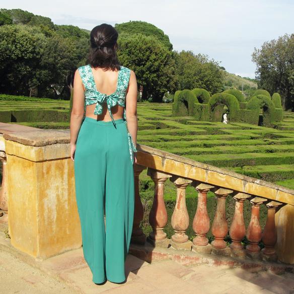 15colgadasdeunapercha_bodas_weddings_marta_marti_atelier_mono_verde_green_jumpsuit_floral_print_estampado_floral_lazo_bow_marta_sabadell_7