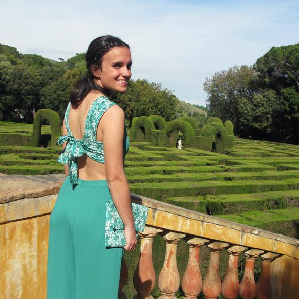 15colgadasdeunapercha_bodas_weddings_marta_marti_atelier_mono_verde_green_jumpsuit_floral_print_estampado_floral_lazo_bow_marta_sabadell_8