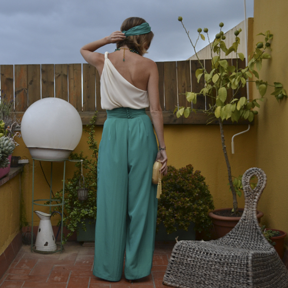 15colgadasdeunapercha_bodas_weddings_pantalones_palazzo_pants_top_asimetrico_asymmetric_gina_carreras_2