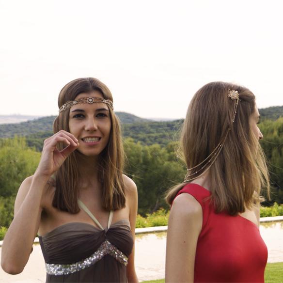 15colgadasdeunapercha_bodas_weddings_vaporosos_rojo_hippie_cadenitas_cabeza_ale_corsini_laura_pol_8