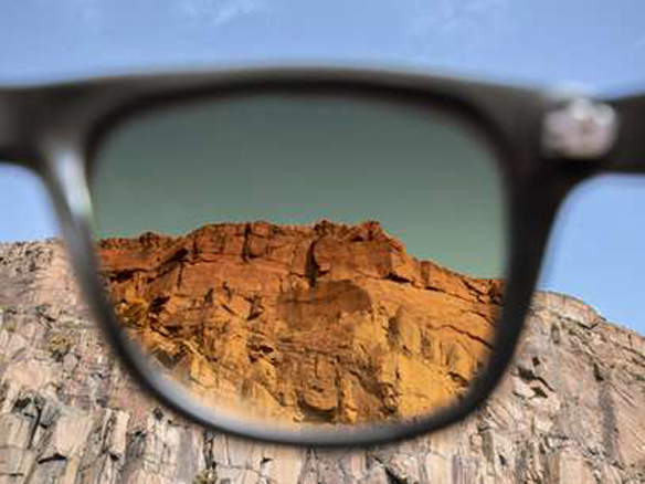 15colgadasdeunapercha_closet_musts_gafas_de_sol_con_filtro_Tens_filter_sunglasses_instagram_1