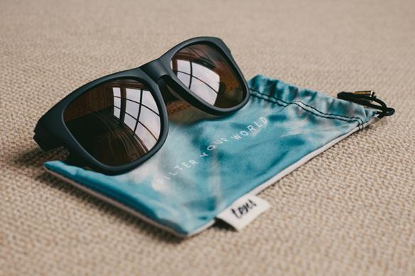 15colgadasdeunapercha_closet_musts_gafas_de_sol_con_filtro_Tens_filter_sunglasses_instagram_4