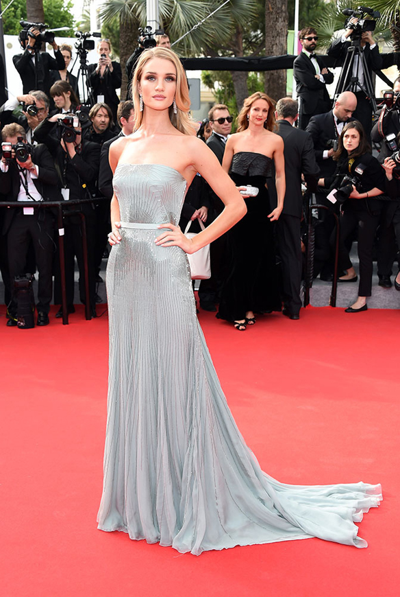 15colgadasdeunapercha_festival_cine_cannes_2014_celebrities_famosas_rosie_huntington_whiteley_1