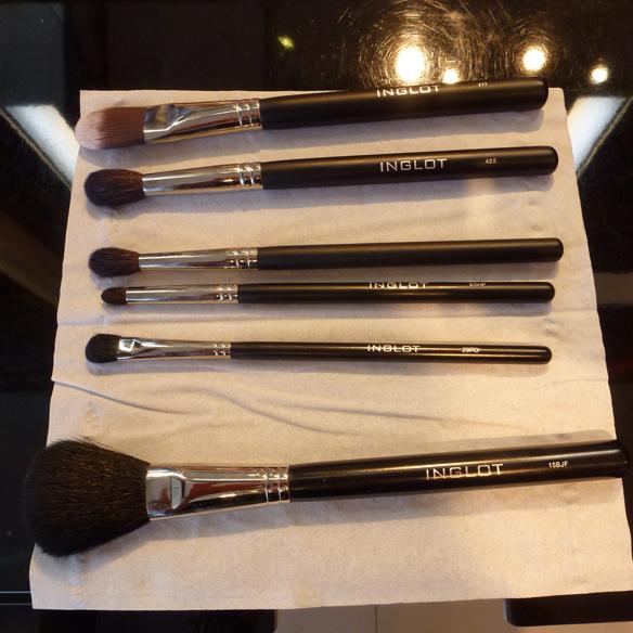 15colgadasdeunapercha_maquillaje_makeup_cosmetica_cosmetics_truquitos_tips_inglot_alicia_alvarez_1