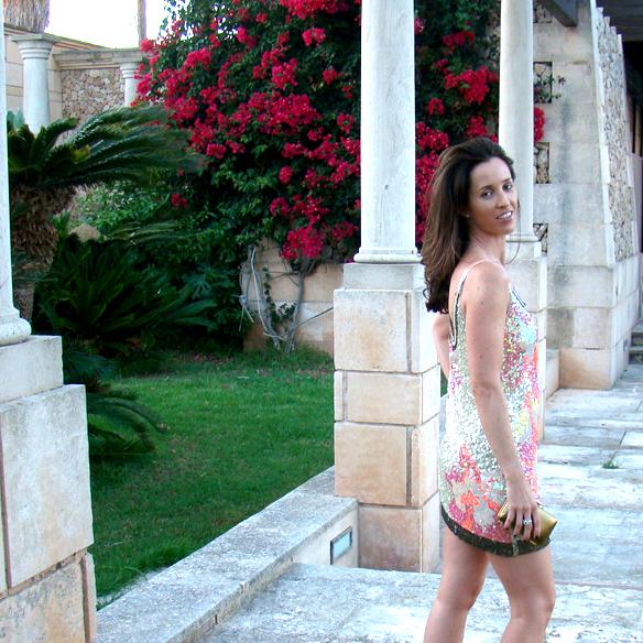 15colgadasdeunapercha_preboda_prewedding_short_dress_vestido_corto_paillettes_dorado_gold_marta_r_6