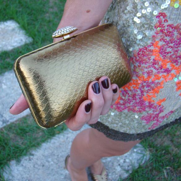 15colgadasdeunapercha_preboda_prewedding_short_dress_vestido_corto_paillettes_dorado_gold_marta_r_8