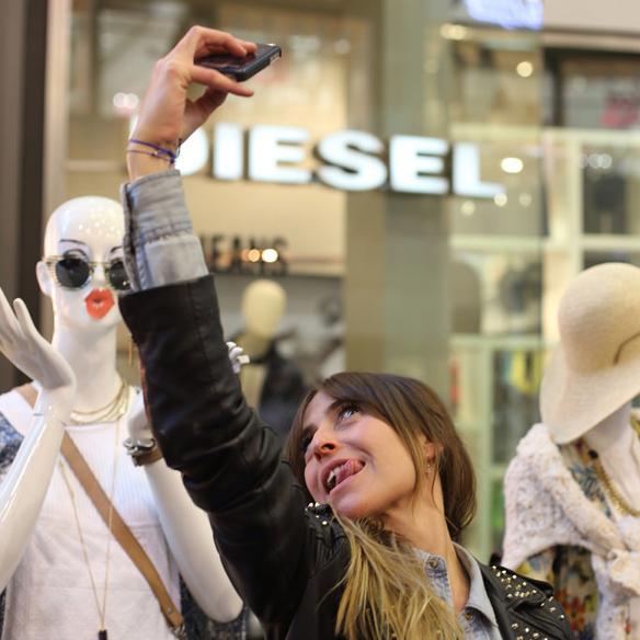 15colgadasdeunapercha_selfielilla_lilla_diagonal_selfie_8
