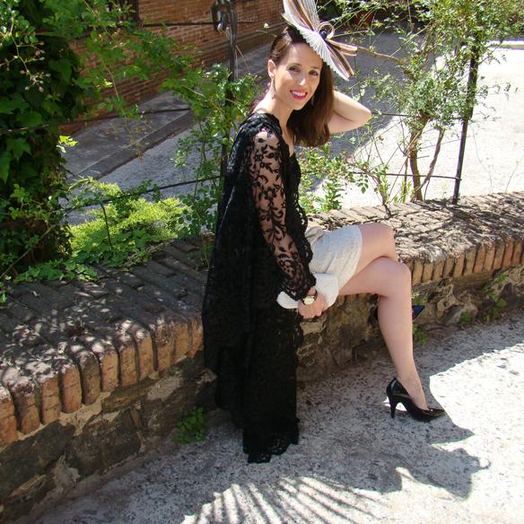 15colgadasdeunapercha_weddings_bodas_mantilla_espanola_tocado_clutch_stilettos_marta_r_10