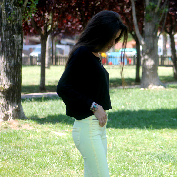 15colgadasdeunapercha_yellow_amarillo_high_waisted_jeans_skinny_pitillos_tejanos_de_talle_alto_blanca_sabadell_6