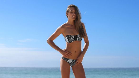 15colgadasdeunapercha_bikini_party_summer_verano_swimwear_ropa_de_baño_international_triangl_3