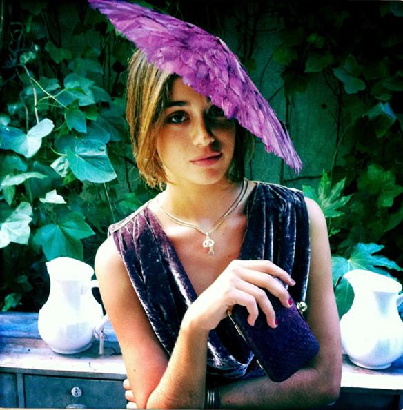 15colgadasdeunapercha_con_cabeza_y_a_lo_loco_tocados_coronas_diademas_canotiers_pamelas_turbantes_sombreros_headdresses_mimoki_3