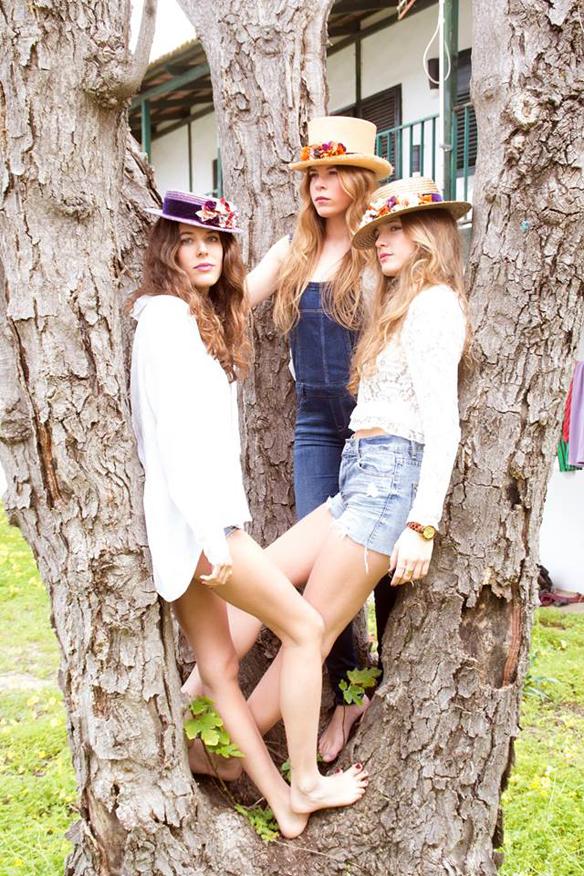 15colgadasdeunapercha_con_cabeza_y_a_lo_loco_tocados_coronas_diademas_canotiers_pamelas_turbantes_sombreros_headdresses_nana_golmar_4
