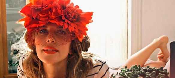 15colgadasdeunapercha_con_cabeza_y_a_lo_loco_tocados_coronas_diademas_canotiers_pamelas_turbantes_sombreros_headdresses_rita_von_2